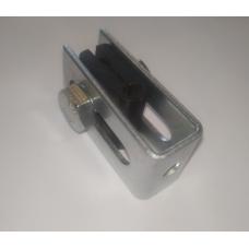 Крепление П-образное для 3D забора RAL6005, 8017, 7016